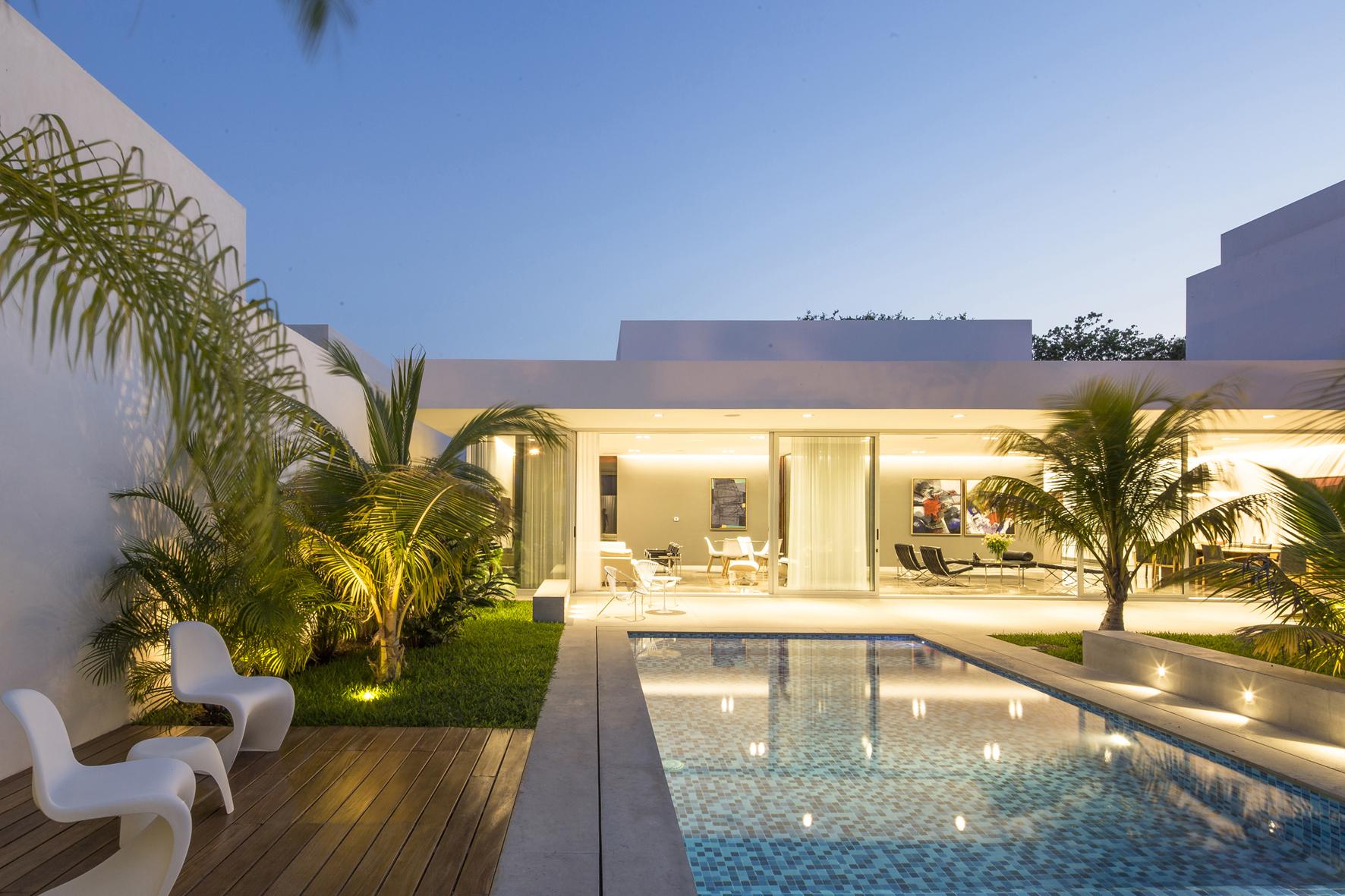 Gallery of Ancha House / Augusto Quijano Arquitectos - 6