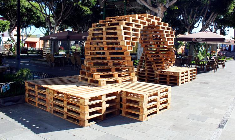 Estudiantes desarrollan arquitectura efímera para el Festival de Cine Medioambiental de Canarias, Arcos. Image © Daniel Díez Martínez