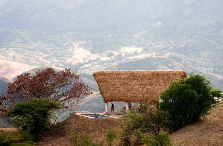Casa en Apulo / AGRA  Anzellini Garcia-Reyes Arquitectos, © Claudia Quintana y Martin Anzellini