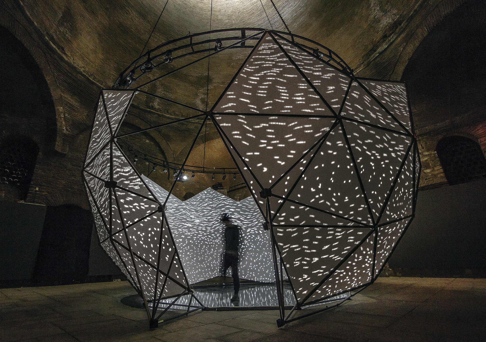 NOHlab and Buşra Tunç Create Immersive Installation Based on Centuries-Old Architecture