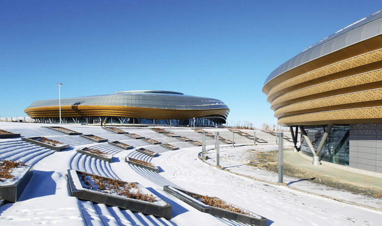 Ice Sports Center of the 13th China National Winter Games / Architectural Design and Research Institute of Harbin Institute of Technology, © Wei Shuxiang