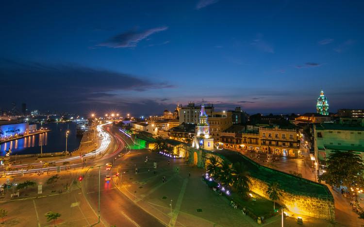 Ciudad Amurallada de Cartagena, el destino turístico mas importante de Colombia según Tripadvisor, Ciudad Amurallada de Cartagena el destino turístico mas importante en Colombia según TripAdvisor . Image vía Carlos Bustamante Restrepo [Flickr], bajo licencia CC BY-SA 2.0
