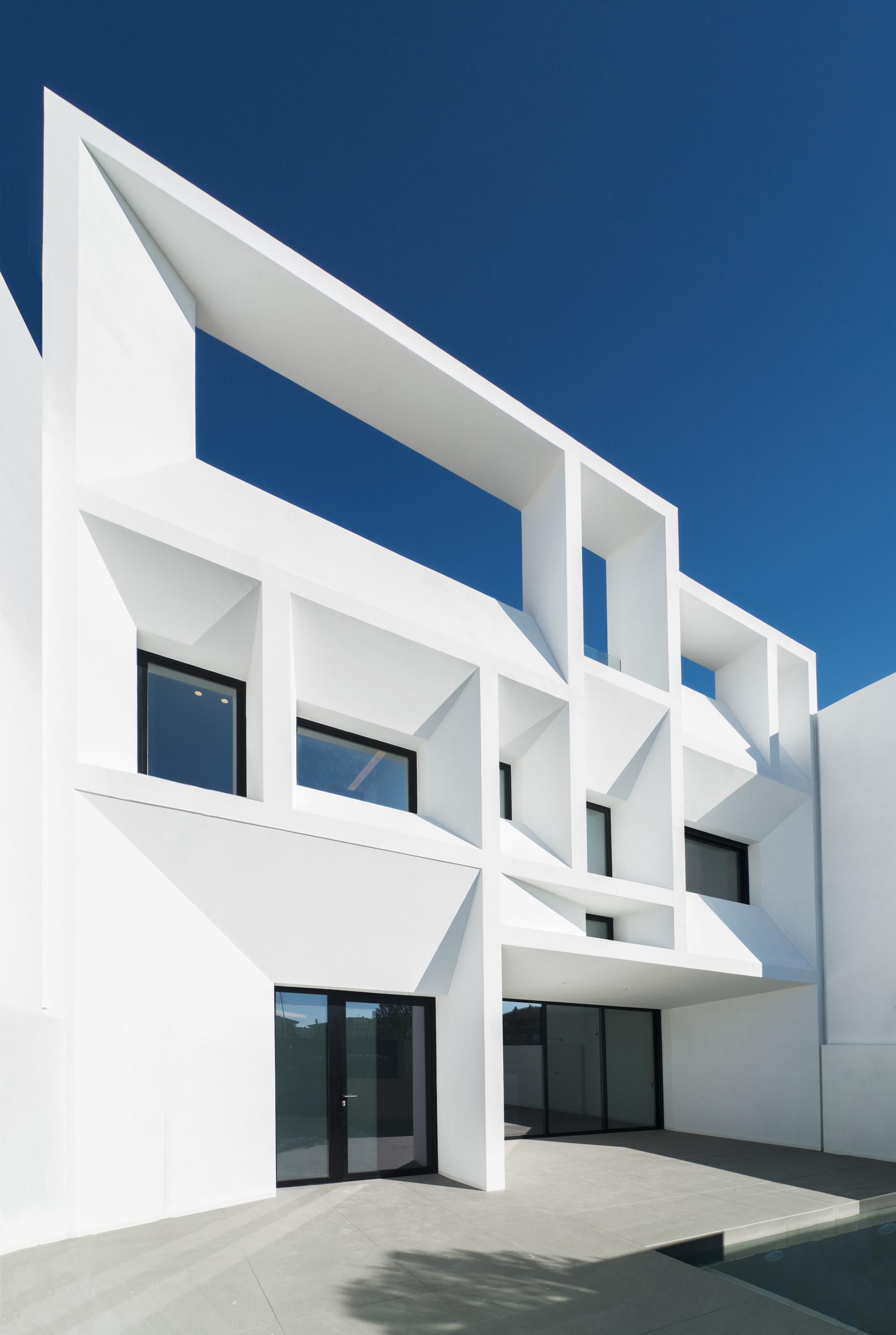 Brise soleil house rub n muedra estudio de arquitectura for Estudio de arquitectura
