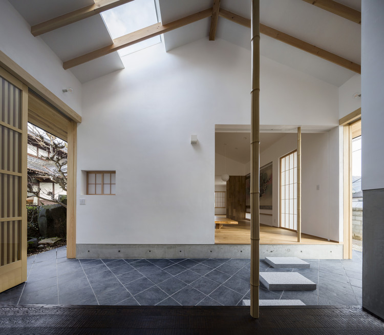 Weekend House in Kumano-cho / Araki+Sasaki architects, © Shinkenchiku-sha