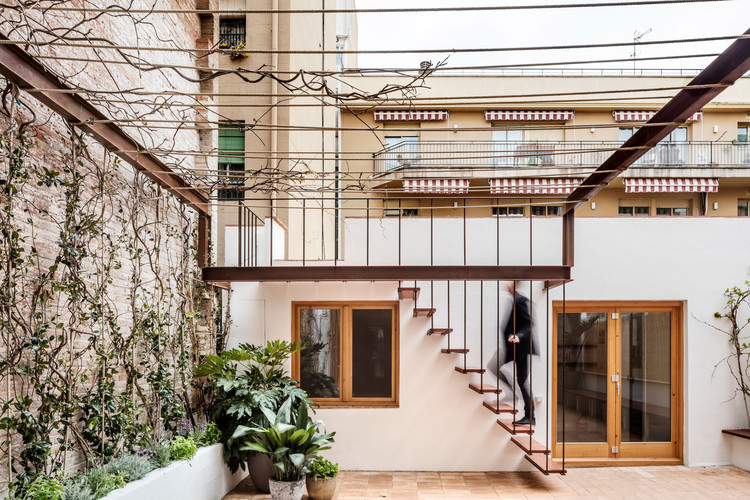 Casa Galería / Carles Enrich, © Adrià Goula