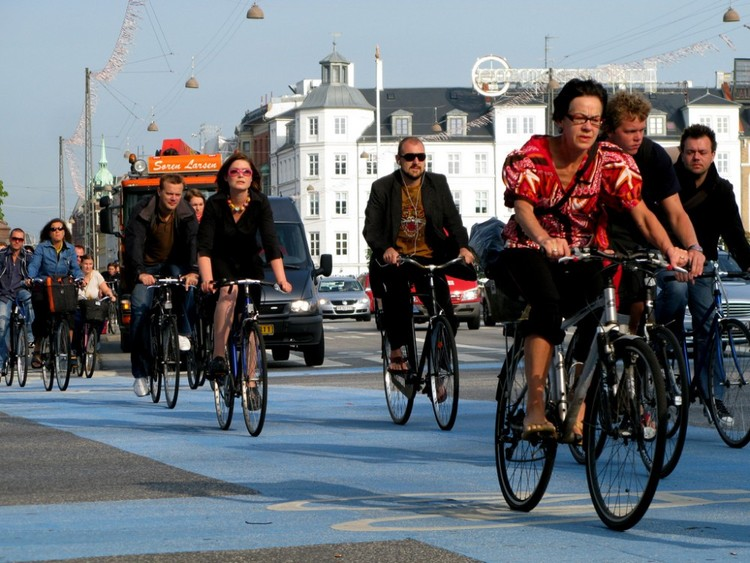 As 20 melhores cidades do mundo para andar de bicicleta, Copenhague, Dinamarca. Flickr usuario: © Mikael Colville-Andersen, licença CC BY 2.0.