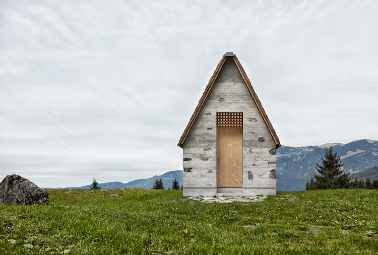 Alpine Chapel Wirmboden / Innauer-Matt Architects, © Adolf Bereuter