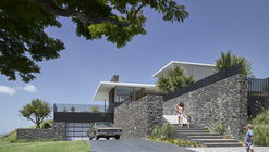 Rocky House / Base Architecture