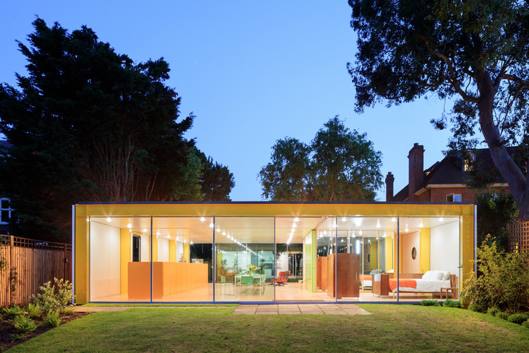 Richard and Su Rogers's Wimbledon House Photographed by Iwan Baan, Courtesy of the Harvard Graduate School of Design. Image © Iwan Baan