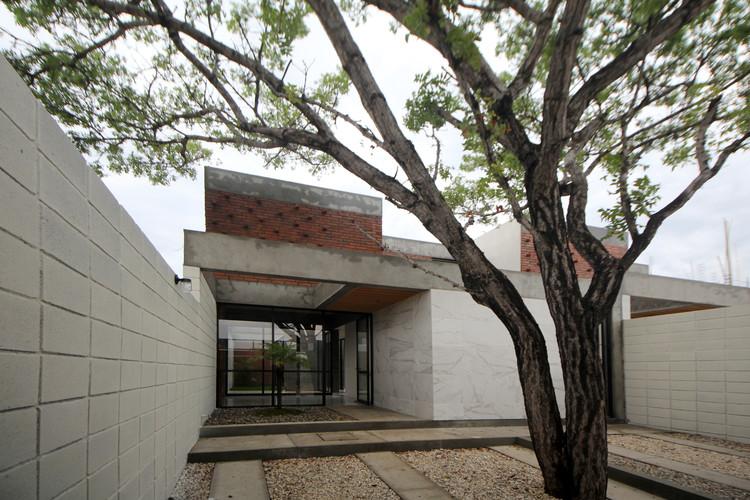 Casa Caoba / Apaloosa Arquitectos, © Carlos Berdejo Mandujano