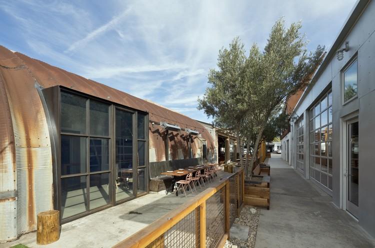 Exterior: Quonset Project / Brett Farrow Architect