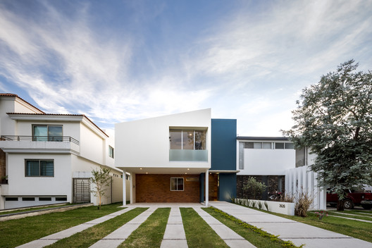 Casa Valle / SVM Arquitectos