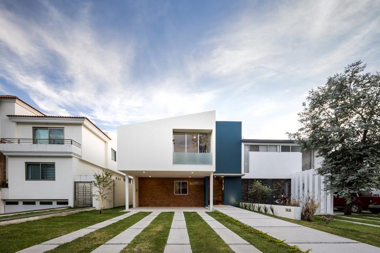 Casa Valle / SVM Arquitectos, © Cesar Bejar