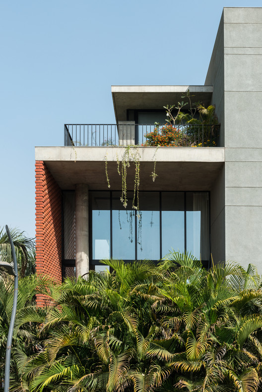 Brick Curtain House Design Work Group Archdaily