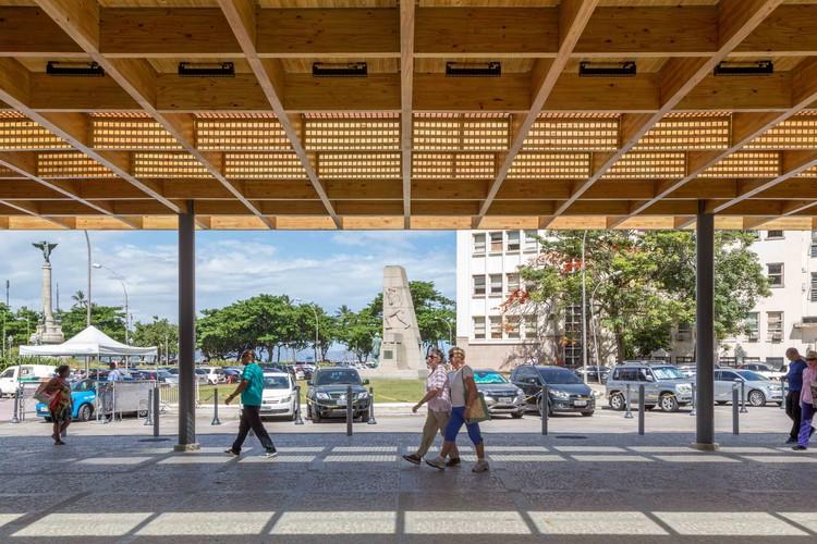 Acesso ao Bondinho do Pão de Açúcar  / a+ arquitetura, © André Nazareth