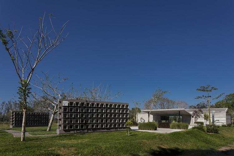 Jardín Funerario / Taller DIEZ 05, © Luis Gordoa