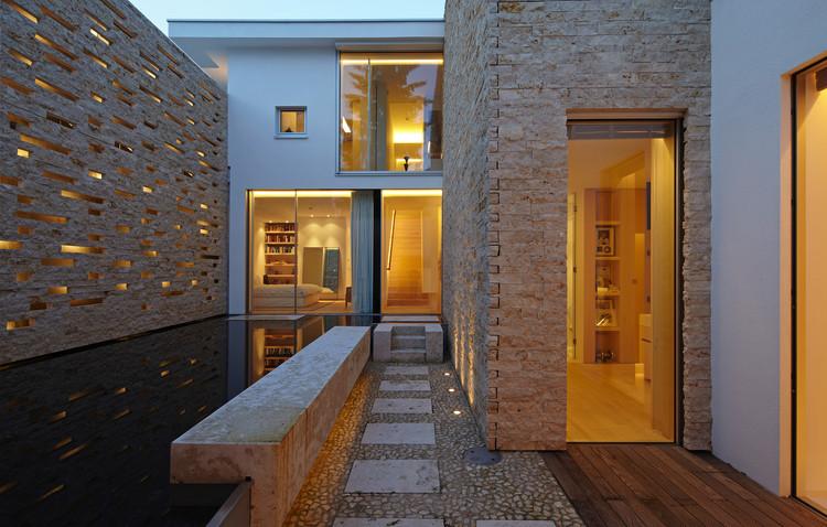 House S Lake Starnberg / Stephan Maria Lang Architects, © Marc Winkel