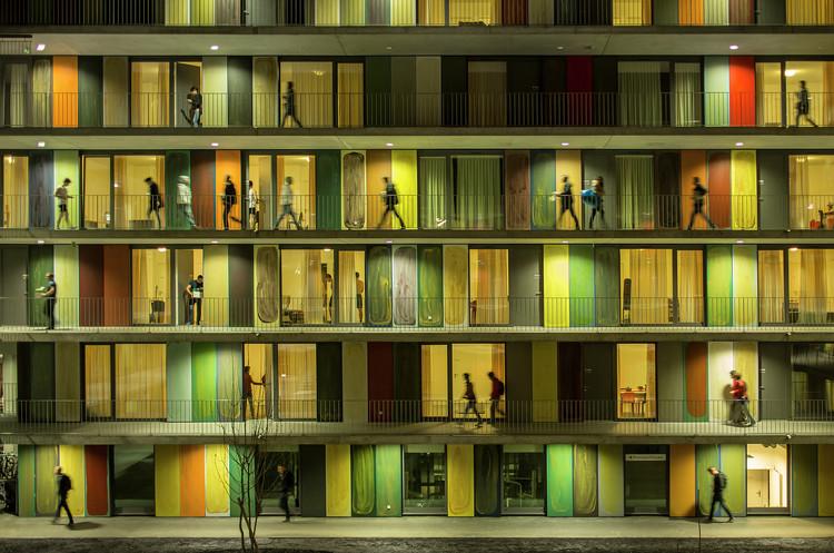 """Exposição """"Fernando Guerra: Raio X de uma prática fotográfica"""", EPFL Quartier Nord (Ecublens, Suíça/ Richter Dahl Rocha & Associés'. Image © Fernando Guerra"""