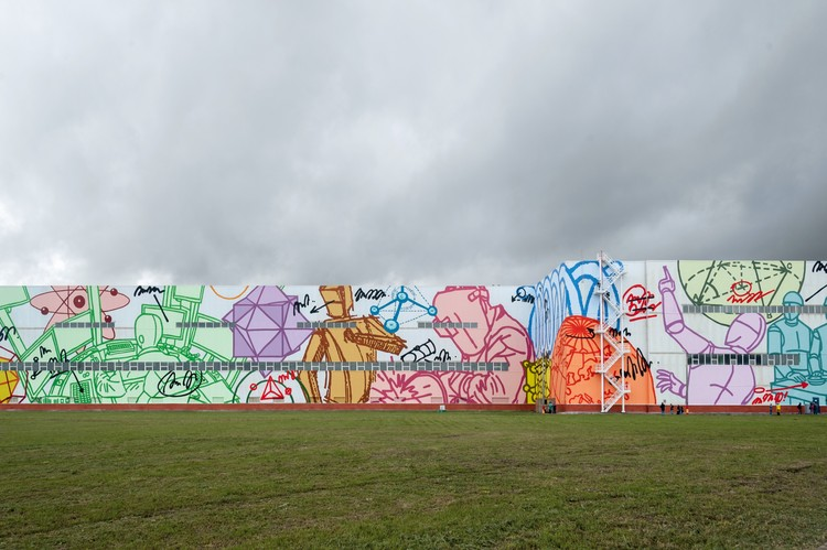 Is This the World's Largest Mural?, © Artmossphere