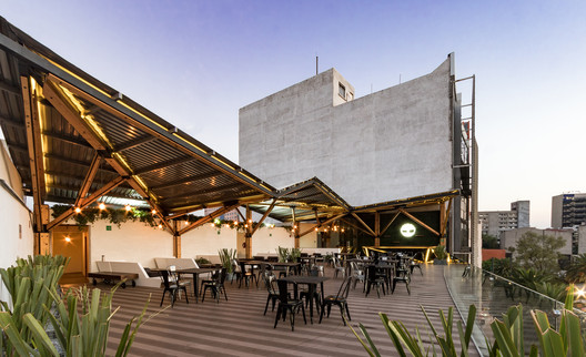 Terraza Timberland /  A-001 Taller de Arquitectura