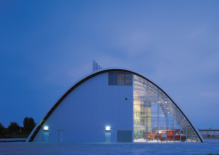 Fire Station in Houten / SAMYN and PARTNERS, © Christian Richters