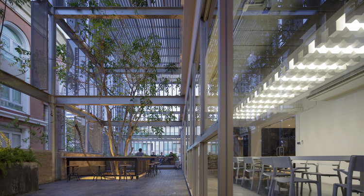 DP Group Headquarters / SO , © Soopakorn Srisakul