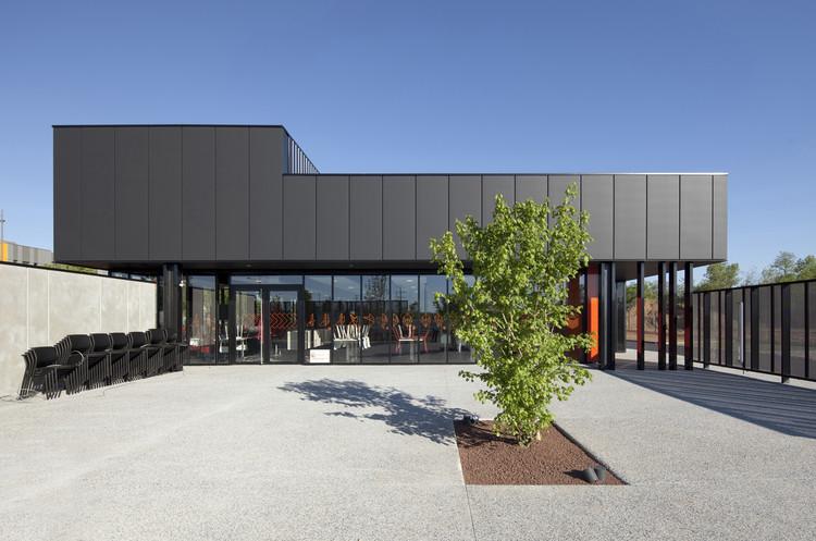 Inter-Company Restaurant / Atelier Didier Dalmas, © Jérôme Ricolleau