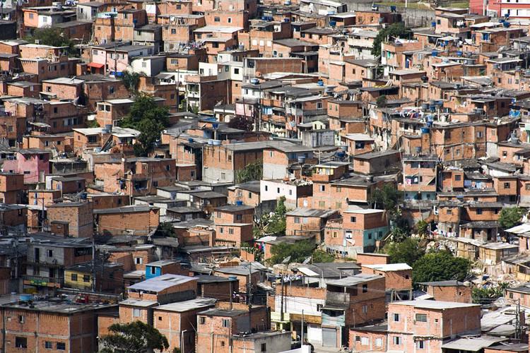 """Edward Glaeser: """"Habitação acessível em uma favela é difícil e precisa ser específica do local"""", Favela de Paraisópolis, São Paulo. Image © Fernando Stankuns via Visual Hunt /  CC BY-NC-SA"""