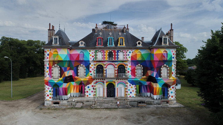 Artist Brings Striking Pop Surrealism To An Abandoned French Castle, © Spencer Chopem Down