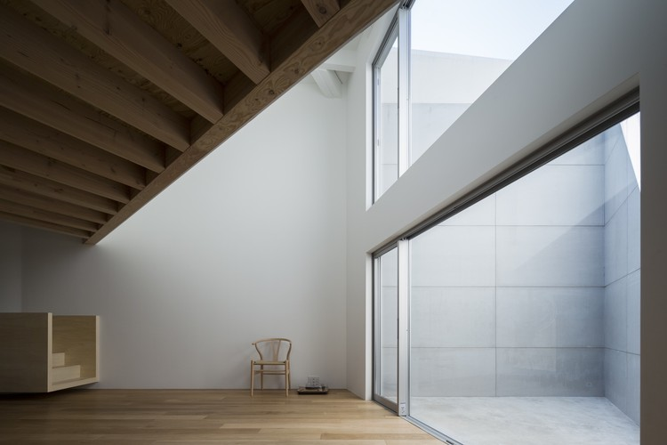 Kamiuma House / CHOP+ARCHI, © Masao Nishikawa