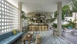 Tiki Tiki Tulum Hotel/ Arturo Zavala Haag