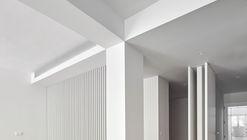 Reforma vivienda en Ciutat Vella / Kahane Architects + Jordi Pagès