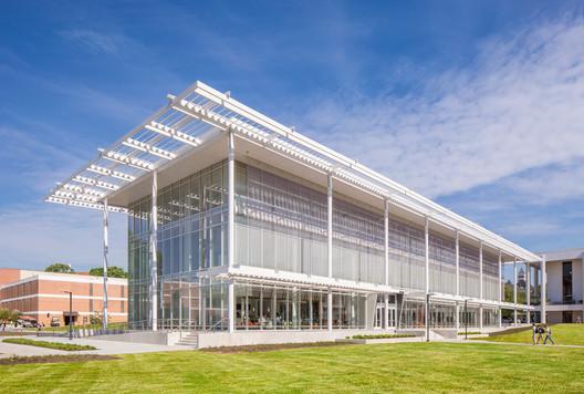 Watt Family Innovation Center / Perkins+Will