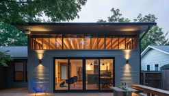 Skyview / Murray Legge Architecture