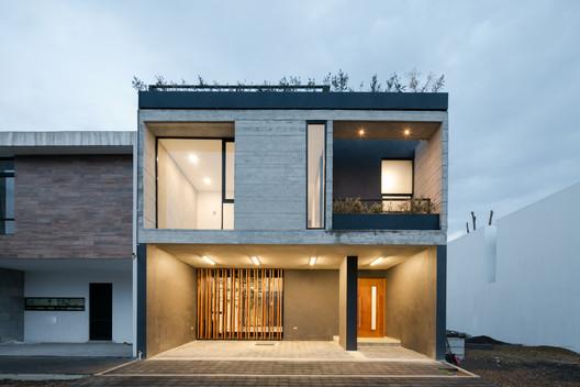 Casa Montesierra 025 / Espacio 18 Arquitectura
