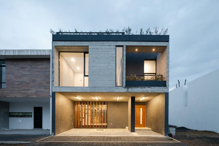 Casa Montesierra 025 / Espacio 18 Arquitectura, © Lorena Darquea