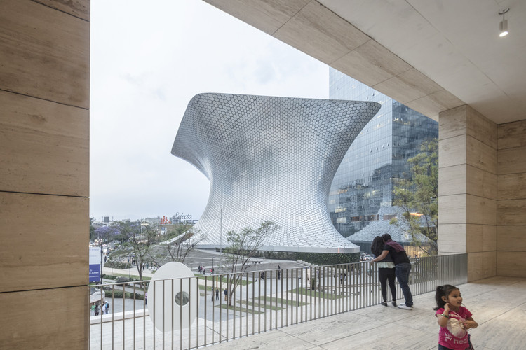 Museo Soumaya projetado por FR-EE, pelas lentes de Laurian Ghinitoiu, © Laurian Ghinitoiu