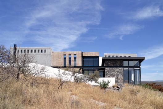 Casa AB / fabian m escalante h | arquitectos
