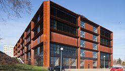 Centre for Innovation and Advanced Technologies / AMC – Andrzej M. Chołdzyński