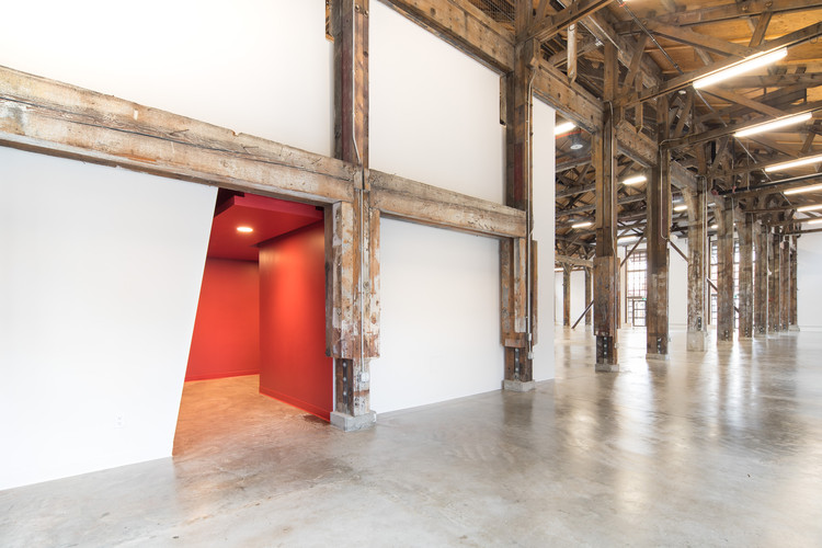 Pipe Shop Venue at the Shipyards / Proscenium Architecture + Interiors Inc, © Sam Pat - Picture and Color Media