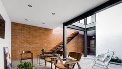 Casa Forasté / TALLER 1+1