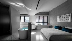 Fluid House / CJ Studio