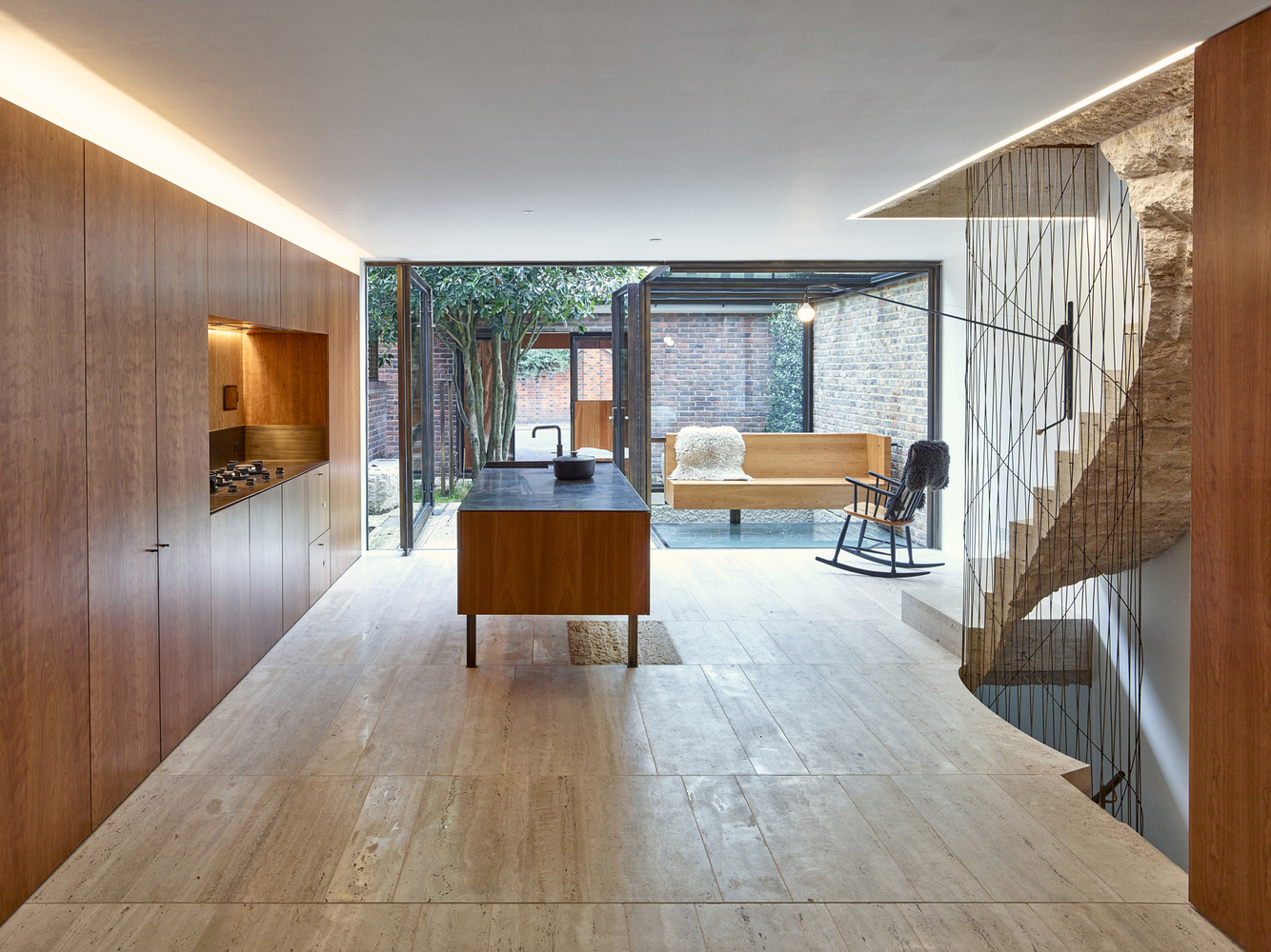 Caroline Place / Amin Taha Architects + GROUPWORK