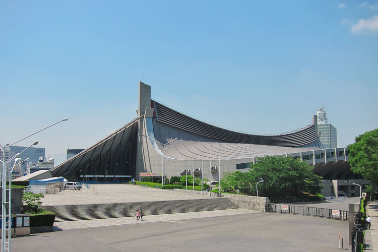 Clássicos da Arquitetura: Ginásio Nacional Yoyogi / Kenzo Tange, (CC BY-SA 3.0). Image © wikimedia commons