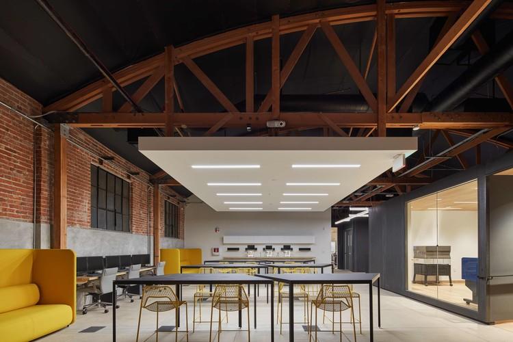 Supplyframe DesignLab / Cory Grosser + Associates, © Benny Chan Fotoworks