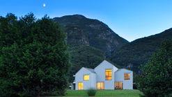 Swiss House XXII Preonzo  / Davide Macullo Architects