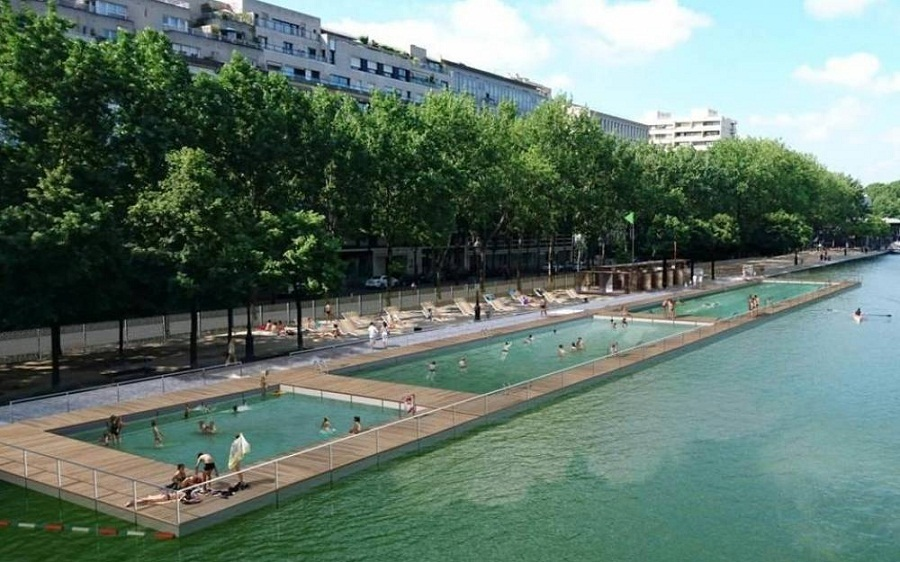 Paris opens its first ever public swimming pools archdaily for Public swimming pools paris