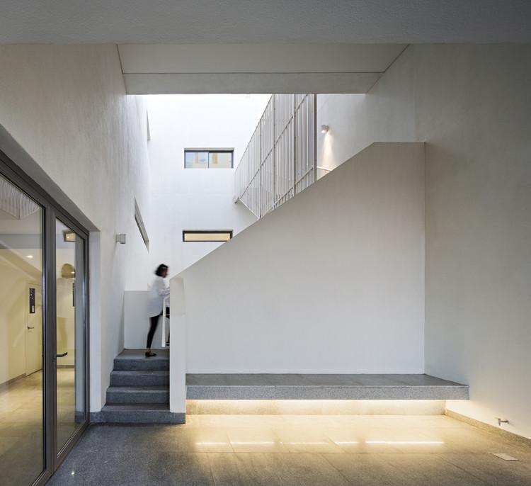 Wind Tower / AGi Architects