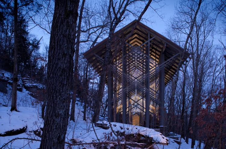 Como a arquitetura afeta seu cérebro: A ligação entre a neurociência e o ambiente construído, <a href='http://www.archdaily.com/533664/ad-classics-thorncrown-chapel-e-fay-jones'>Thorncrown Chapel / E. Fay Jones</a>. Image © Randall Connaughton