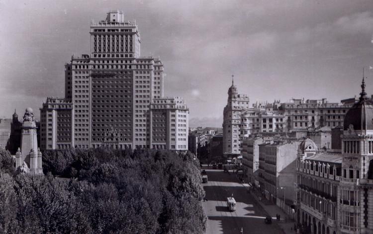 Madrid '54, la Expo española que no fue, © Anual [Wikimedia Commons], bajo licencia CC BY 3.0